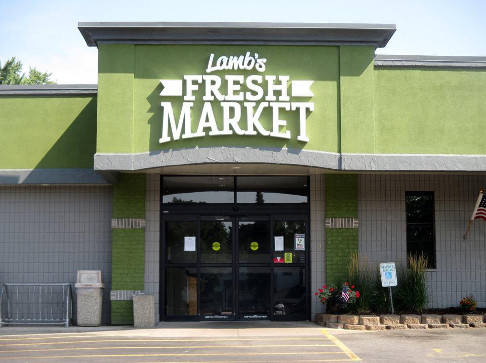 Lamb\'s Fresh Market Building Signage by D&L Signs